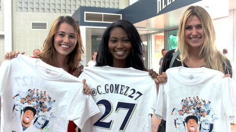 Gomez helped design the t-shirt worn by event attendees & modeled here by the FOX Sports Wisconsin Girls.