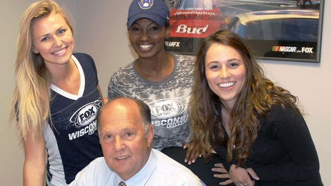 The FOX Sports Wisconsin Girls got the inside scoop on the team from Brewers Live analyst Jerry Augustine.