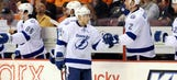 Lightning take control in wild 2nd period to beat Flyers