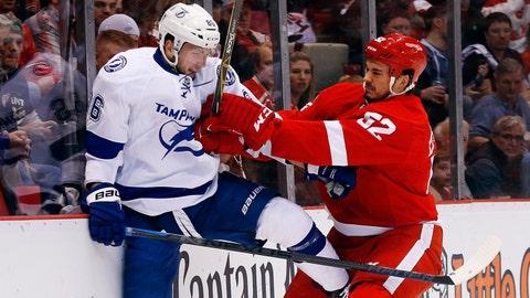 Game 4: Lightning vs. Red Wings