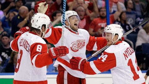 Game 5: Lightning vs. Red Wings