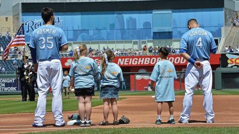 Eric Hosmer and Alex Gordon with Kansas City Royals fans
