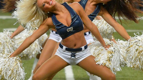 Rams cheerleaders
