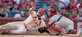 Holliday, Wainwright lifts Cards over Phils 4-1
