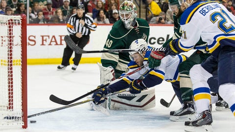 Blues dominate Game 4