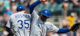 Snapshots from Detroit: Royals straighten up after sloppy Friday night