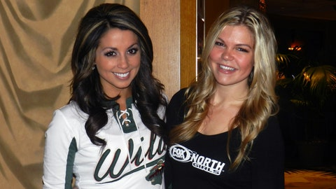 Kendall & Kaylin host Ladies Night with the Minnesota Wild