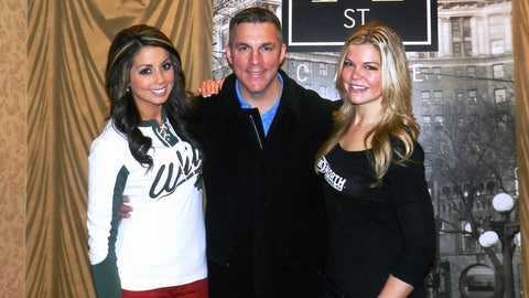 Kaylin & Kendall prepare to host a Q&A with former Wild player, Wes Walz