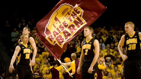 Hawkeyes at Gophers: 2/25/14