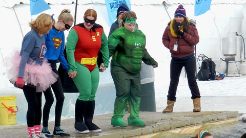 In addition to taking the Plunge themselves, the FOX Sports North Girls also emceed several events throughout the day.