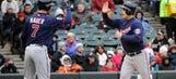Twins come back, edge White Sox in slugfest