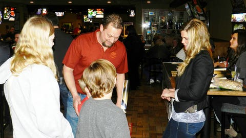 Kendall chats with a family full of Twins fans.