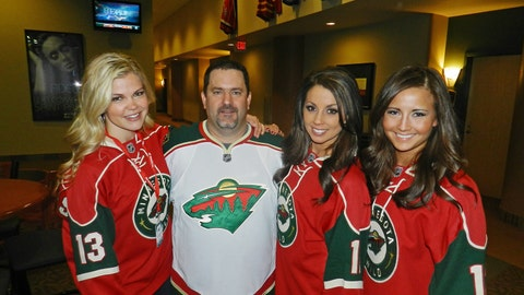Excited to welcome the Wild home from Chicago and show those Blackhawks how we do things here in Minnesota.