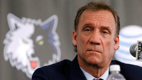 Flip Saunders appoints himself head coach of Timberwolves