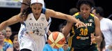 Moore leads Lynx to victory over Storm