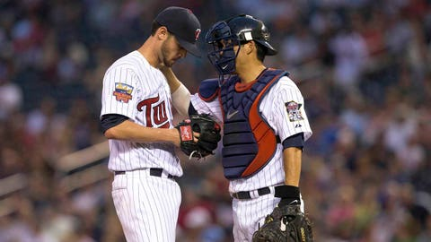 4. Kurt Suzuki's contract extension is good news for Twins pitchers