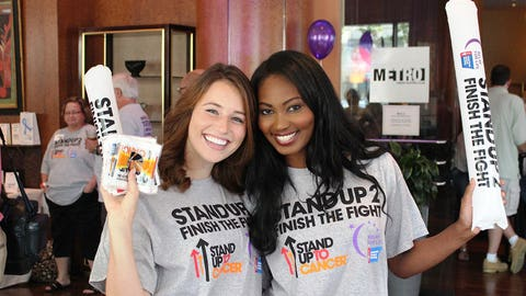The FOX Sports Wisconsin Girls helped greet attendees at the Stand Up To Cancer viewing party.