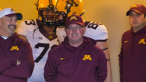 Gophers football team chosen for first January bowl game since 1962