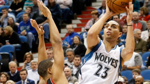 PHOTOS: Wolves 121, Blazers 113