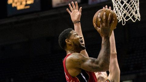 PHOTOS: Bucks 89, Heat 88