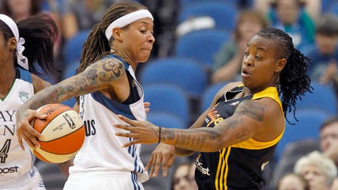 PHOTOS: Lynx 83, Shock 75