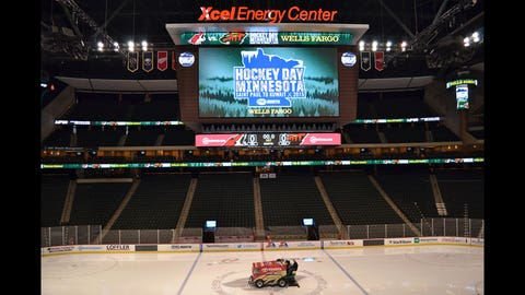 Hockey Day Minnesota 2015