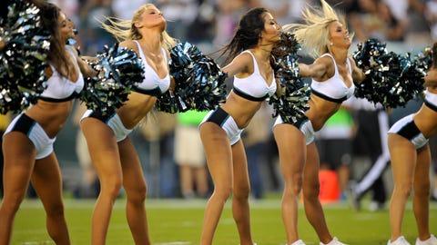 Eagles cheerleaders