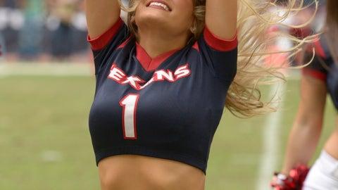 Texans cheerleaders