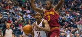 Knight, Sessions help Bucks hold off Cavs, 119-116