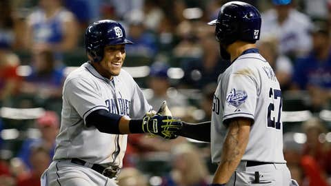 Solarte hits a HR off Tolleson