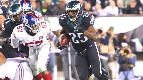 Philadelphia (6-2): B