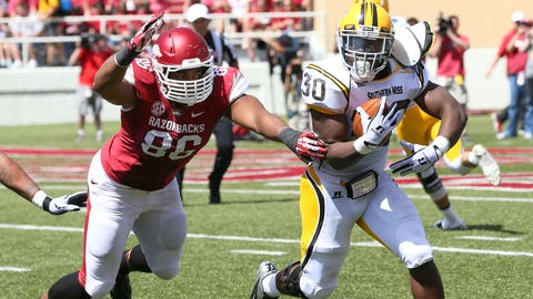 Arkansas defensive end Trey Flowers will post a double-digit-sack season by Year 3