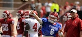 Mayfield shines in Oklahoma football spring game