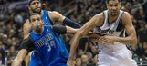 Duncan scores 27 points, Spurs beat Mavs in Game 1