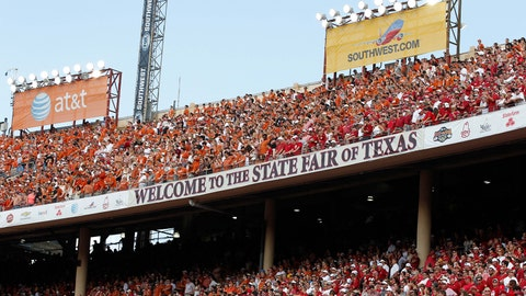 Red River Rivalry: New Fried Foods of 2014