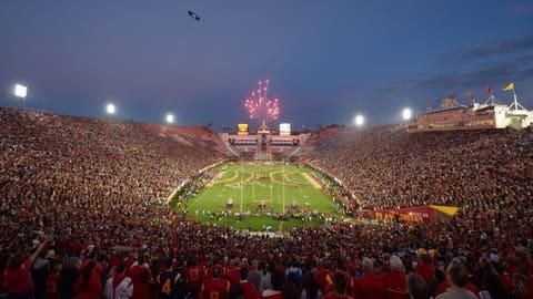 Los Angeles Memorial Coliseum – 93, 607