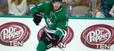 Stars sign Curtis McKenzie to 1-year extension