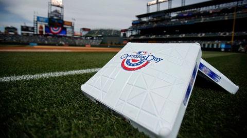 Predicting awards and winners of the 2015 MLB season