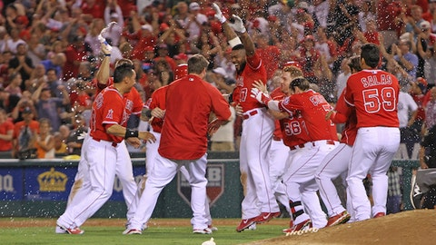 Gallery:Angels win thriller in 10th