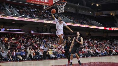 Stanford edges USC
