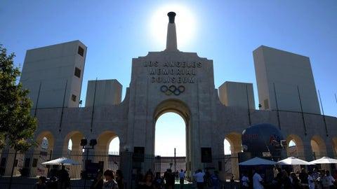Happy 92nd birthday to the LA Coliseum