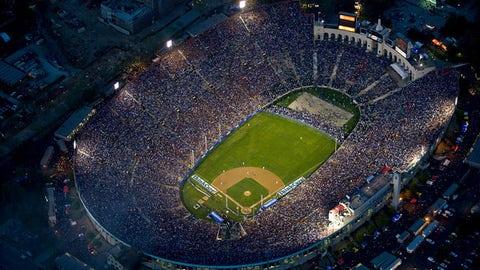 2008: Dodgers vs. Red Sox