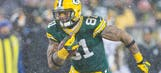 Free-agent TE Quarless re-ups with Packers