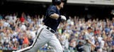Brewers dodge sweep behind Gennett's first career grand slam