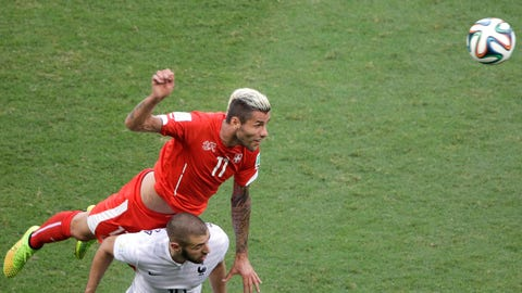 Valon Behrami, Switzerland