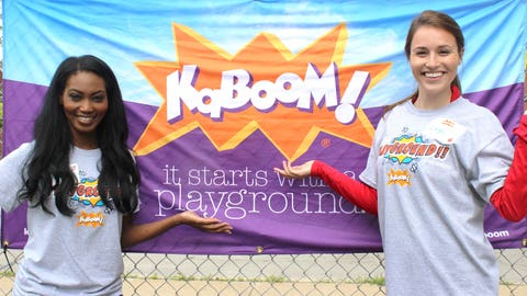 The FOX Sports Wisconsin Girls joined the Brewers Community Foundation in building a playground in Milwaukee.