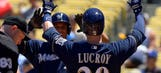 Brewers make statement by sweeping NL leaders