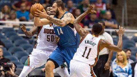 Timberwolves at Bucks: 10/22/14
