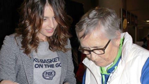 Sage helps a Bucks fan find the FOX Sports GO app.