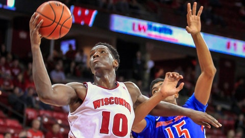 Broncos at Badgers: 11/22/14